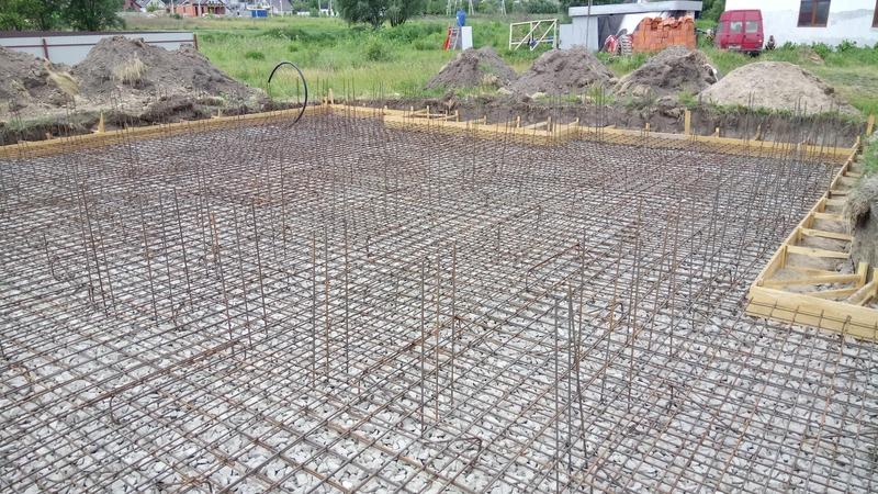 Начало подготовительных работ перед строительством дома
