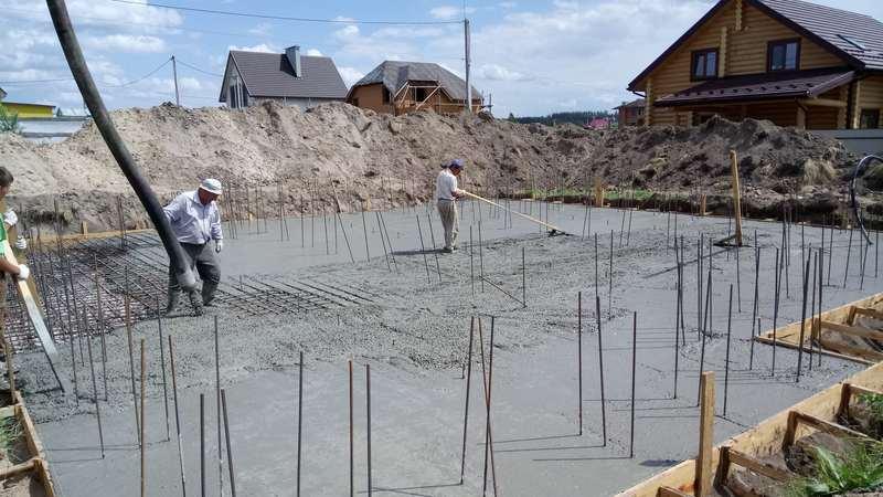 Начало бетонных работ