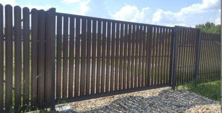 изготовление откатных ворот из евроштакетника