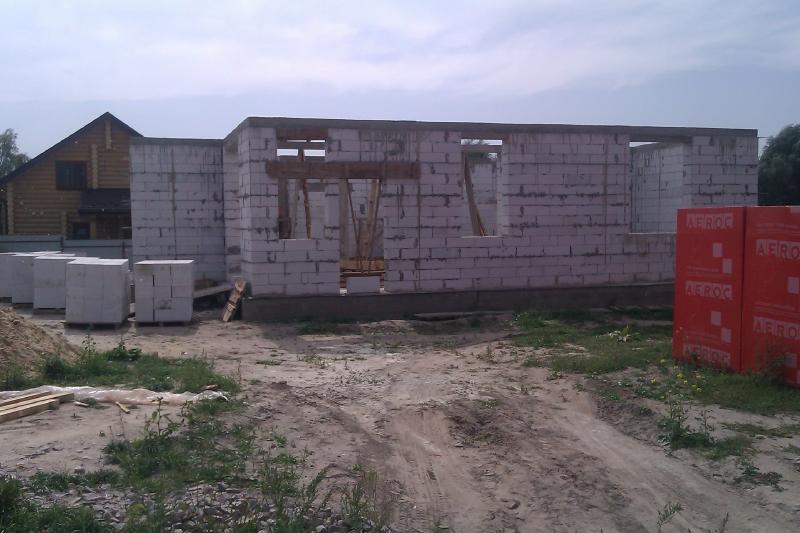 Строительство первого этажа из газобетона