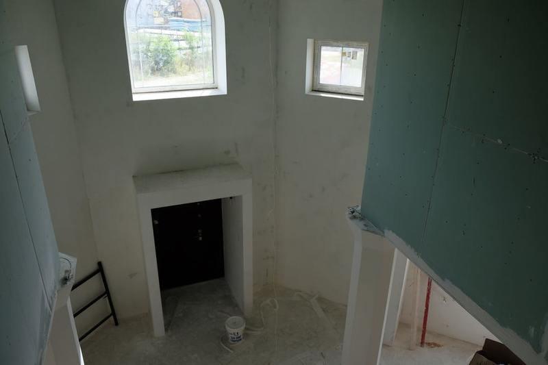 Шпаклевка стен холл
