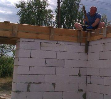 Заливка бетоном армопояса / КПВ Строй
