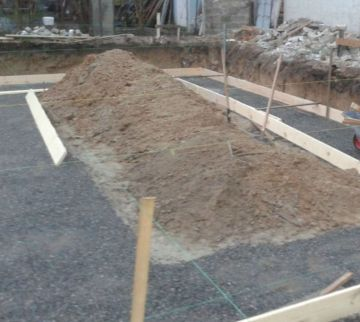 Земельные работы, отсыпка щебневой подушки / КПВ Строй