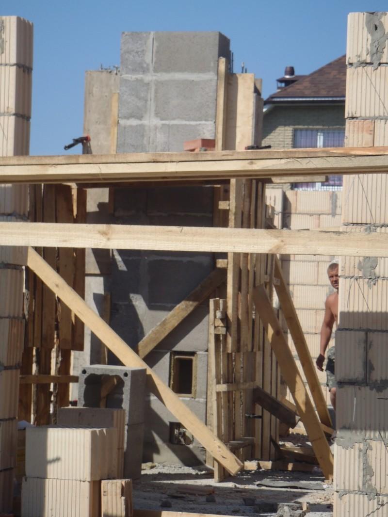 Кладка стен первого и второго этажа из керамоблока / КПВ Строй / Фото - 3