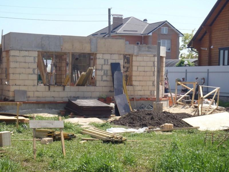 Кладка стен первого и второго этажа из керамоблока / КПВ Строй / Фото - 5